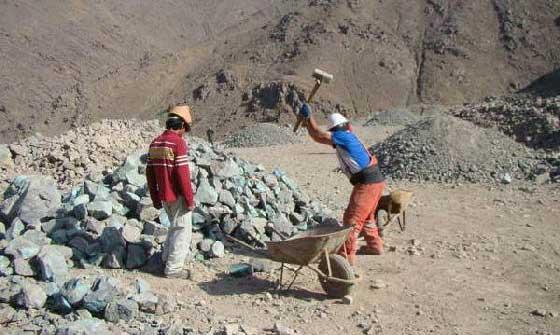 Resultado de imagen para trabajo minero atacama
